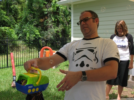 We borrowed a bubble machine from Amber (aka life-saver) so the Jedis could wack at the bubbles while waiting in line. So, I have a fear of snakes...apparently, Mark has a fear of bubbles..