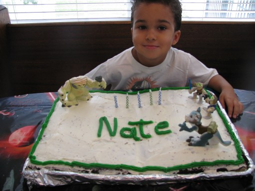"Nate chose the white frosting because it ""looks like snow"" and he wanted to create the snow-something attacking Luke while he's riding on that kangaroo-looking creature."
